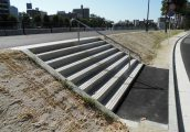 施工事例 宅地造成 オリジナル製品 階段ブロック